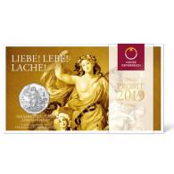Österreich-5-Euro-2019-Neujahrsmünze-Lebensfreude-Silbermünze-im-Folder-III.jpg